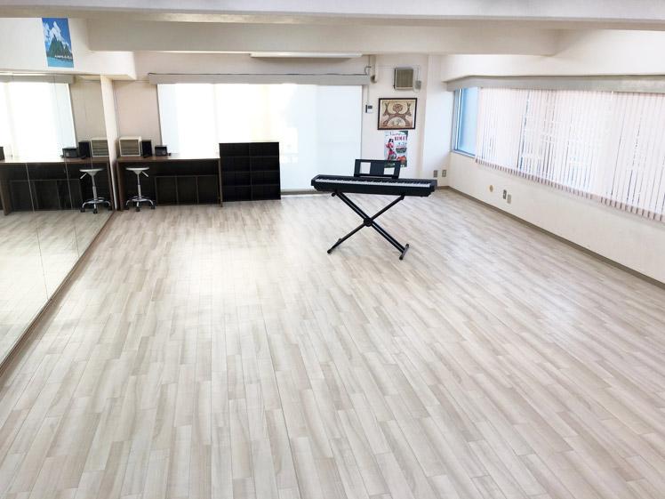 ポエラニオリタヒチ 3Fスタジオ